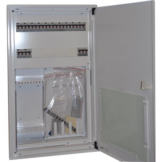 Sikringsskap ferdigkoblet med svakstrømsfelt 230V